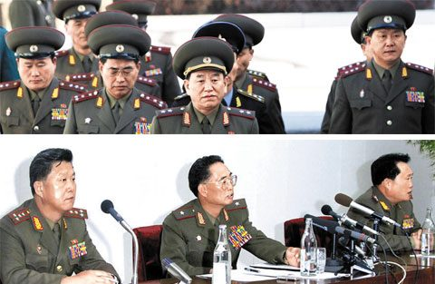 Top former and current officials of the KPA Mission to P'anmunjo'm. Top: A North Korean delegation led by Lt. Gen. Kim Yong-chol (front center) crosses the military demarcation line to attend an inter-Korean military meeting at Panmunjom on Dec. 14, 2007, accompanied by Pak Rim-su (second from left), Ri Son-gwan (left) and Pak Ki-yong (right). Bottom: Pak Ki-yong, Pak Rim-su and Ri Son-gwan (from left) talk at a press conference about the Cheonan sinking in Pyongyang on Friday. (NK Leadership Watch file photos; KCNA, Yonhap).