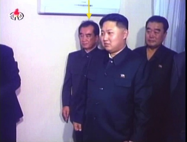 Kim Chang Son (annotated) attends a visit by Kim Jong Il and Kim Jong Un to actors' apartments in central Pyongyang in October 2010 (Photo: KCTV screengrab)