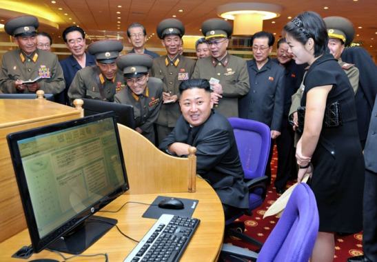 Kim Jong Un sits at a computer workstation at the E-Library at the KPA Exhibition of Arms and Equipment in September 2012 (Photo: Rodong Sinmun)