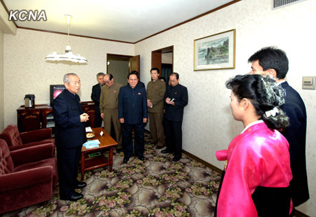 DPRK Premier Choe Yong Rim (L) talks with Korean Committee for Space Technology personnel who participated in the 12 December 2012 launch of the U'nha-3 rocket and Kwangmyo'ngso'ng-3.2 satellite during a visit to the Pyongyang guest house where the KCST personnel are living during their visit to Pyongyang (Photo: KCNA)