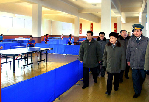 DPRK Premier Choe Yong Rim (2nd R) tours a table tennis room in the Yanggakdo Sports Village in Pyongyang (Photo: Rodong Sinmun)