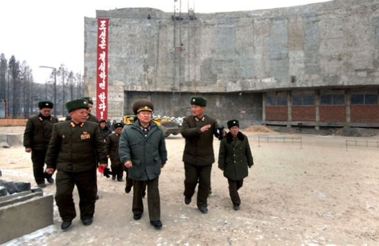 Choe Ryong Hae (2nd L) is briefed about renovation work at the Fatherland Liberation War (Korean War) Museum in Pyongyang (Photo: Rodong Sinmun)