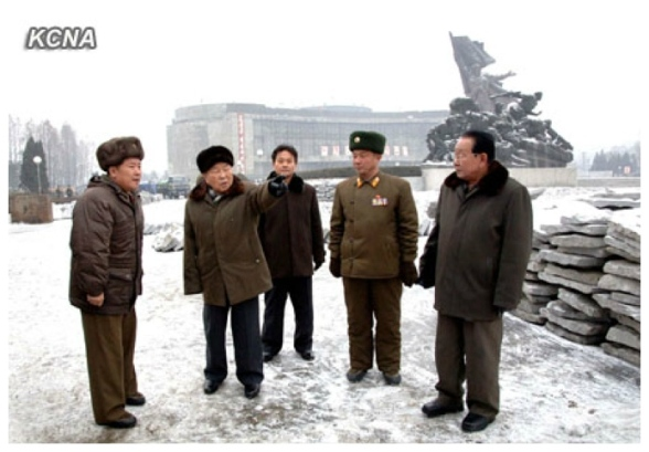 Choe Yong Rim (2nd L) tours renovation construction work at the Victorious Fatherland Liberation War (Korean War ) Museum in Pyongyang (Photo: KCNA)