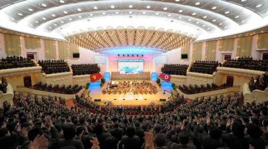 "Concert by the State Merited Chorus entitled ""Korea Does What It is Determined to Do"" at the People's Theater in Pyongyang (Photo: Rodong Sinmun)"