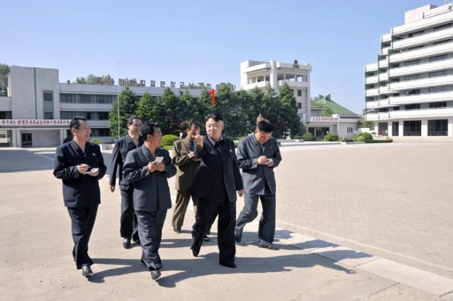 Kim Jong Un (1) tours the Songdowon International Children's Camp (Photo: Rodong Sinmun).