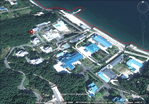 View of the main residential and recreational area of the Kim Family's residential compound in Wo'nsan, Kangwo'n Province (Photo: Google image)