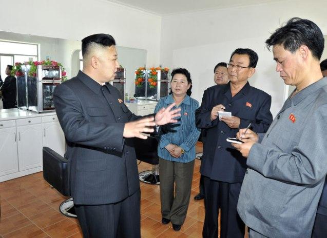 Kim Jong Un tours Undok Health Complex in Ch'angso'ng County, North P'yo'ngan Province (Photo: Rodong Sinmun).