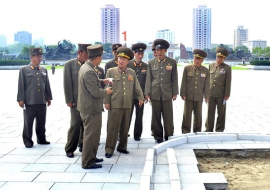 Director of the KPA General Political Department VMar Choe Ryong Hae (1) is briefed on the construction of the Victorious Fatherland Liberation War Museum in Pyongyang (Photo: Rodong Sinmun).