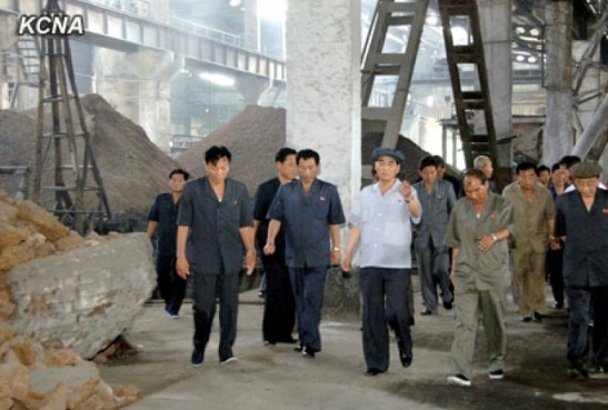 DPRK Premier Pak Pong Ju (3rd L) tours the Sunch'o'n Cement Complex in Sunch'o'n, South P'yo'ngan Province (Photo: KCNA).