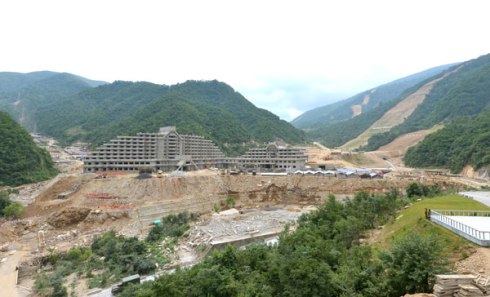 View of a hotel under construction at Masik Pass ski resort in Kangwo'n Province (Photo: Rodong Sinmun).