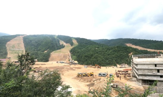 A view of ski slopes under development at Masik Pass Ski Resort in Kangwo'n Province (Photo: Rodong Sinmun).