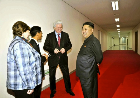 Kim Jong Un (R) talks with Natalia Ivanovna Semyonova and Pavel Ovsyannikov after a performance by the Moranbong Band and the Merited Chorus in Pyongyang on 15 October 2013 (Photo: Rodong Sinmun).