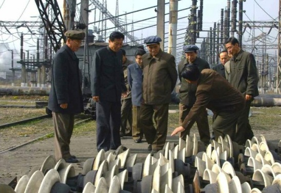 DPRK Premier Pak Pong Ju tours Pukch'ang Thermal Power Complex (Photo: Rodong Sinmun).