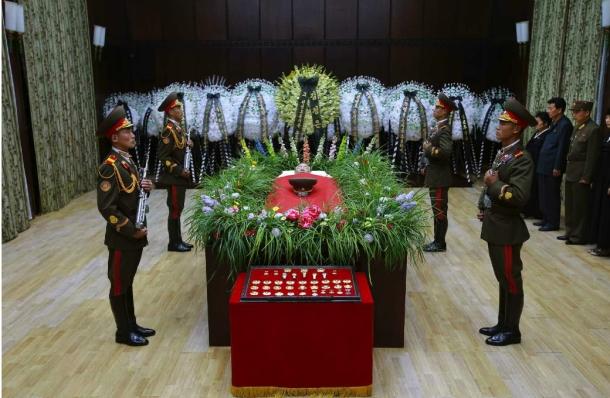 Jon Pyong Ho lies in repose at Sojang Club in Pyongyang (Photo: Rodong Sinmun).