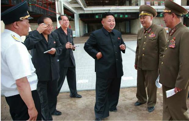 Kim Jong Un tours the construction of Terminal #2 at Pyongyang Airport in the Sunan District (Photo: Rodong Sinmun).