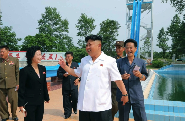 Kim Jong Un tours the Songdowon International Children's Camp in Wo'nsan, Kangwo'n Province (Photo: Rodong Sinmun).