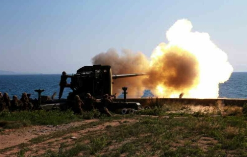 Artillery training exercise conducted by the Ung Islet Defense Detachment (Photo: Rodong Sinmun).