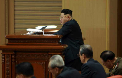 Kim Jong Un delivers a closing speech at the WPK Political Bureau expanded meeting in Pyongyang on February 18, 2015 (Photo: Rodong Sinmun).