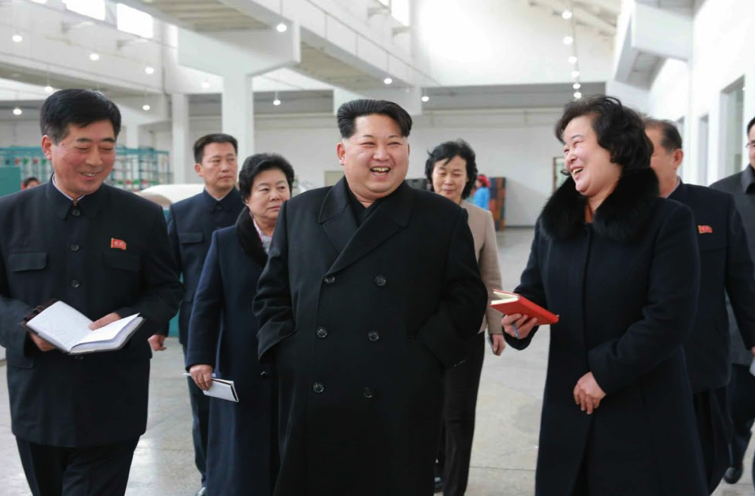 Kim Jong Un tours the Kim Cho'ng-suk Textile Mill in Pyongyang (Photo: Rodong Sinmun).