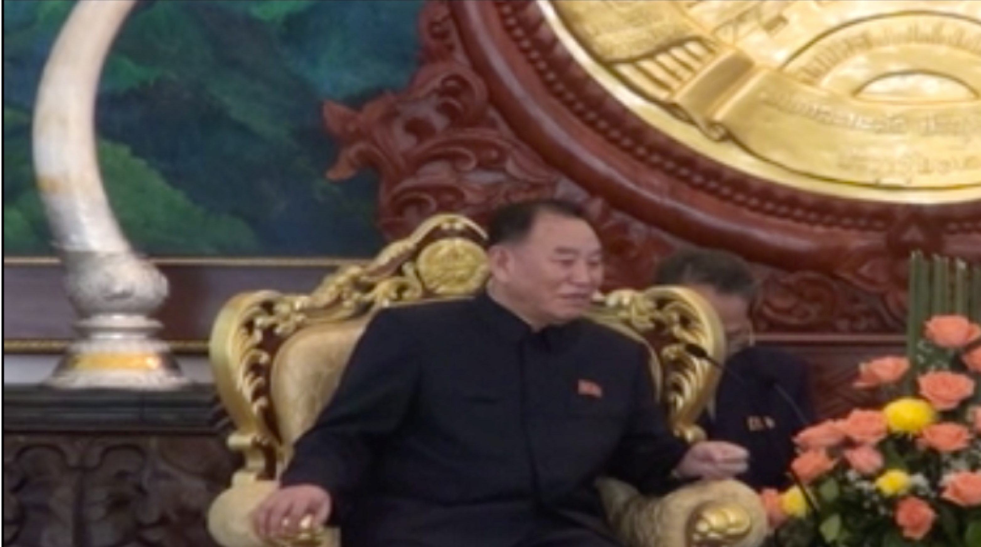 WPK Secretary Kim Yong Chol meets with Lao Predient Choummaly Sayasone in Vientiane on February 12, 2016 (Photo: KPL video screengrab).