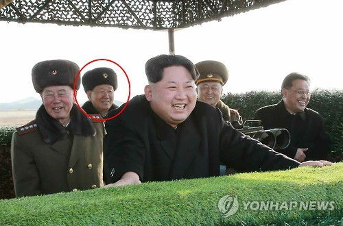 Kim Jong Un observes the test of an anti-tank weapons system. Noted is the reappearance of KPA General Political Department Director VMar Hwang Pyong So, who had not attended Kim Jong Un's last three military events (Photo: KCNA-Yonhap)