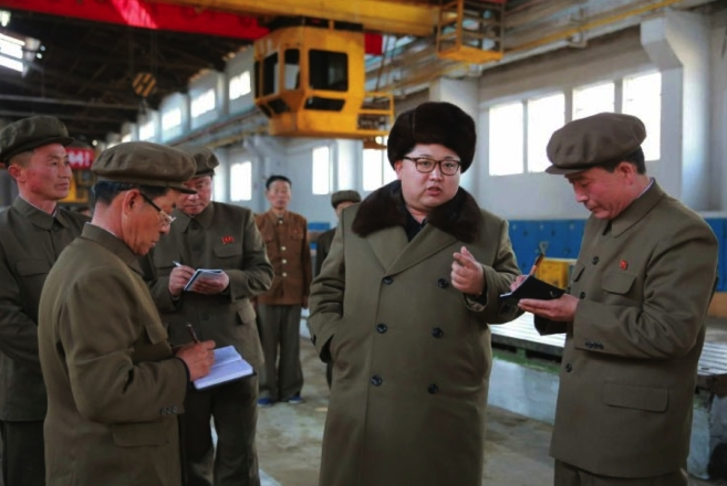 Kim Jong Un issues instructions about upgrades and production at the February 11 Plant of the Ryongso'ng Machine Complex in Hamhu'ng, South Hamgyo'ng Province (Photo: Rodong Sinmun).