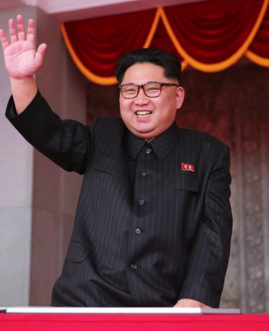 Kim Jong Un waves to parade participants in Kim Il Sung Square on May 10, 2016 (Photo: Rodong Sinmun).