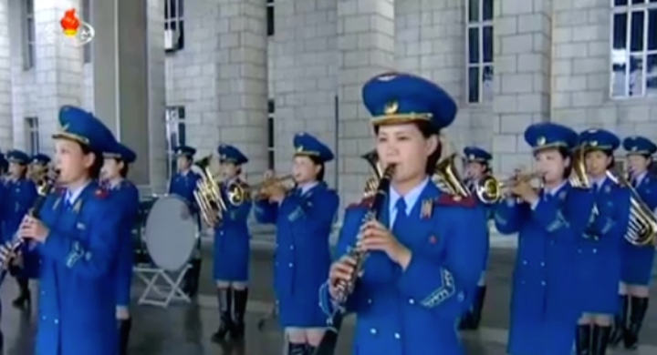 The Korean People's Internal Security Forces' all-female brass band performs at Pyongyang Central Railway Station on May 2, 2016 to welcome delegates and observers arriving for the 7th Party Congress (Photo: Korean Central TV).