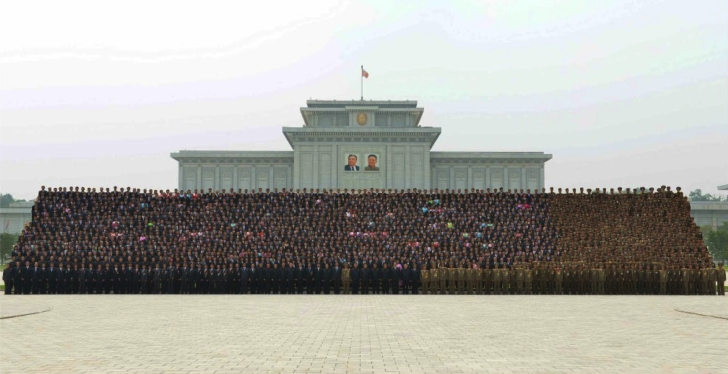 Commemorative photograph of Kim Jong Un and personnel involved in the July 22 Hwaso'ng-10 IRBM test as published on the front page of the June 29, 2016 edition of the WPK daily newspaper Rodong Sinmun (Photo: Rodong Sinmun).
