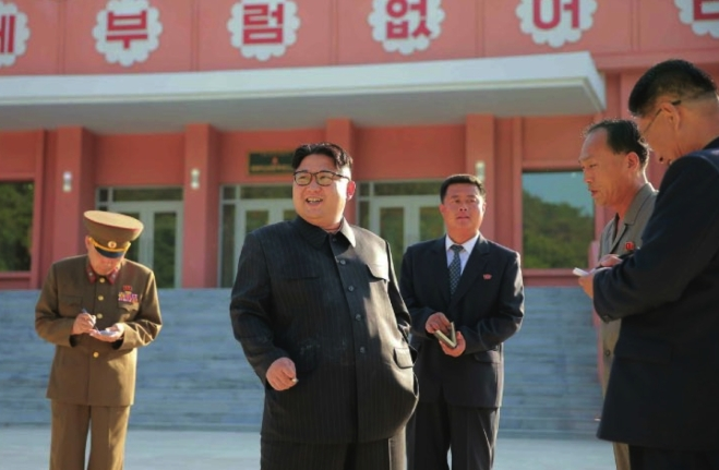 Kim Jong Un tours the renovation of the Mangyo'ngdae Children's Camp (Photo: Rodong Sinmun).
