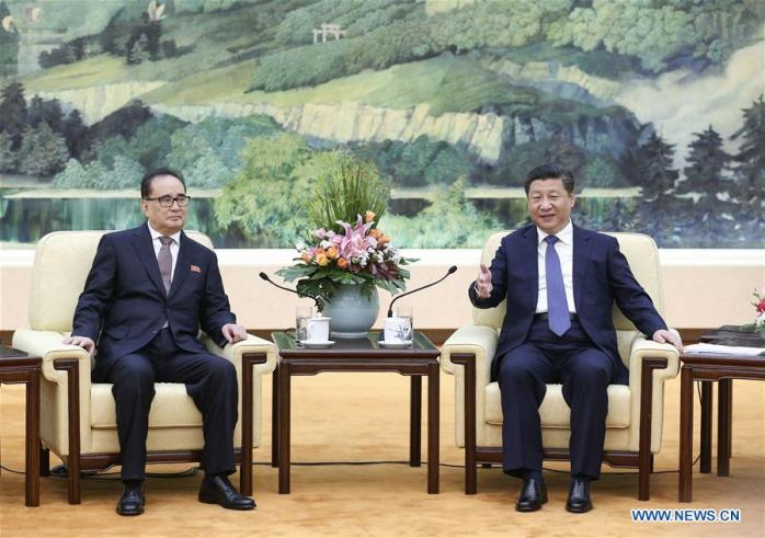 President Xi Jinping (right) meets with WPK Vice Chairman for International Affairs Ri Su Yong at the Great Hall of the People in Beijing on June 1, 2016 (Photo: Xinhua).
